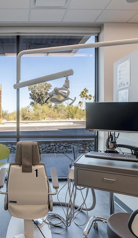 Freytag Oro Valley Gallery Exam Chair